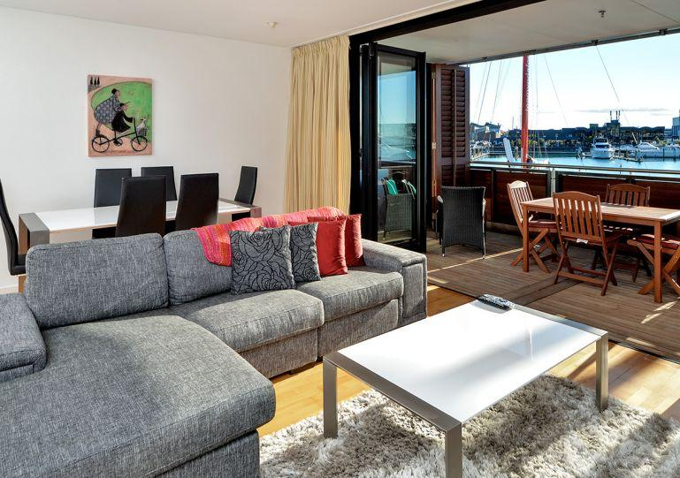 New furnished luxury one bedroom apartment - Waterfront Apartment on the edge of Viaduct Basin, Auckland, NZ - Auckland - rentals