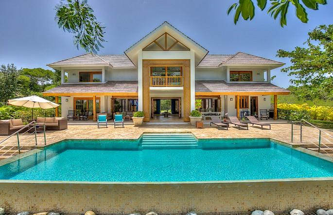 Hacienda 82 - Image 1 - World - rentals