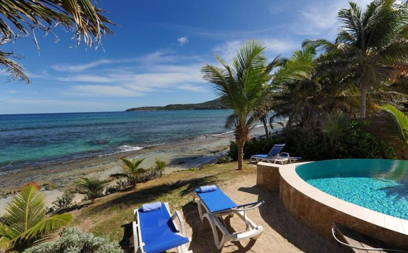 Located directly on the beach! - Image 1 - Anse Des Cayes - rentals