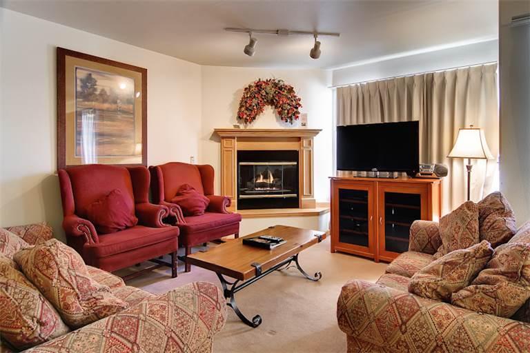 Beautiful Breckenridge 3 Bedroom Ski-in - W312L - Image 1 - Breckenridge - rentals