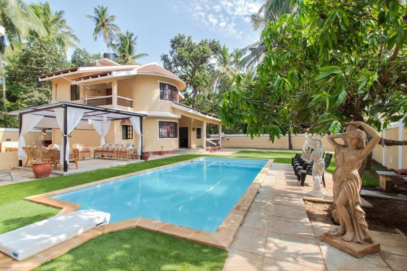 Luxury, Private, 3 bedroom Villa In Calangute, goa - Image 1 - Calangute - rentals