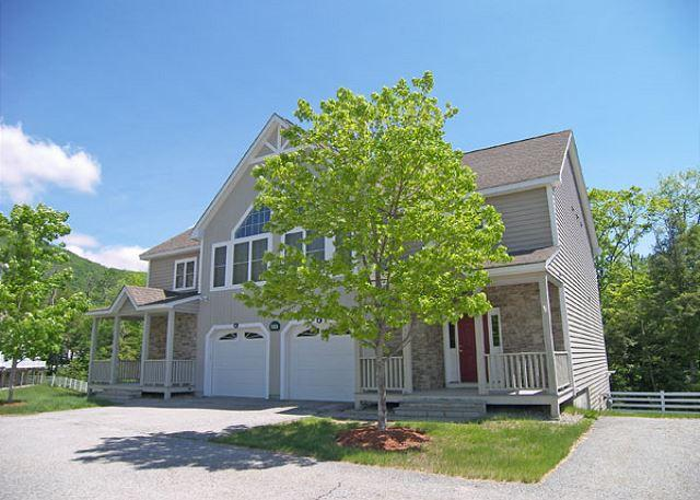 Exterior of Townhoue - Forest Ridge 132B - Managed by Loon Reservation Service - Lincoln - rentals