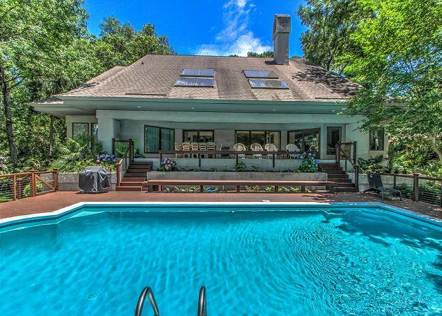 Exterior - 77 Mooring Buoy-5th Row Ocean w/ LARGE pool & Lagoon View. - Hilton Head - rentals