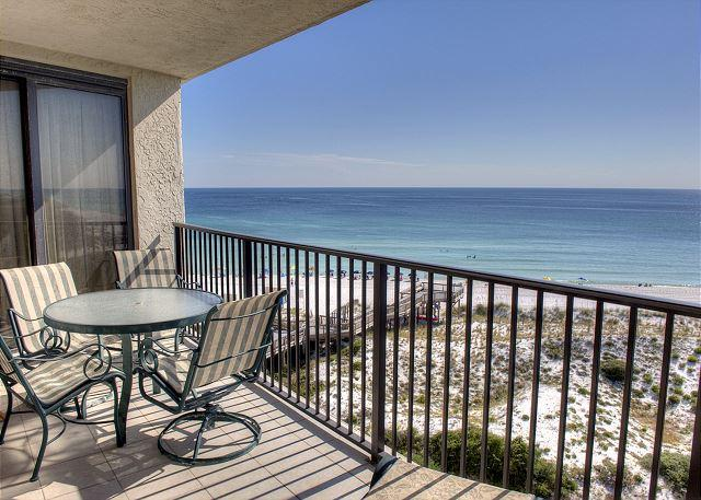"""Private Balcony overlooking the Beach - Stay at  """"PINEAPPLE PARADISE""""  during week of July 30 -- 20% Discount - Sandestin - rentals"""