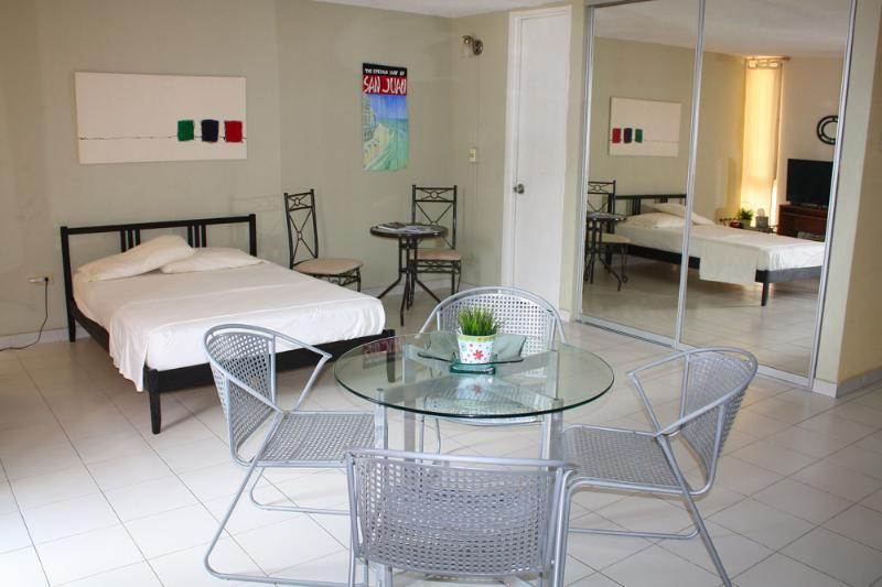 Air Conditioning - Ashford Avenue Studio in San Juan - San Juan - rentals