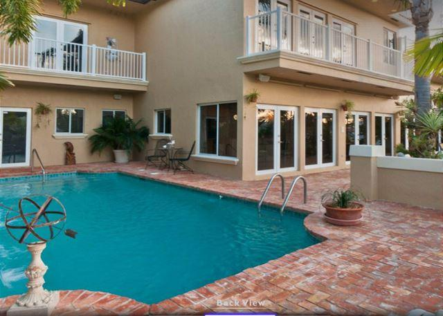 Ft. Lauderdale Waterfront Mansion Walk to Beach! Heated Pool 5/5 for 14 - Image 1 - Fort Lauderdale - rentals