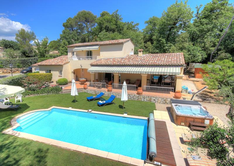 Exposure South-South/west - Convenient villa for families in Valbonne (6 adults +2 kids) - Valbonne - rentals