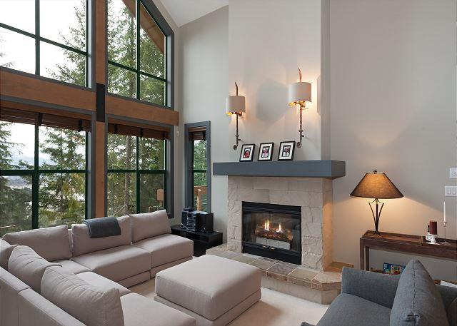 Living Area with Gas Fireplace, Stereo and Vaulted Ceiling - Northern Lights #45 | 3 Bed + Den Townhome, Mountain Views, Private Hot Tub - Whistler - rentals