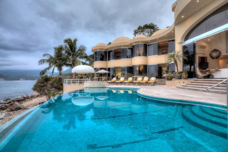 Villa Paraiso, Puerto Vallarta - Image 1 - Puerto Vallarta - rentals