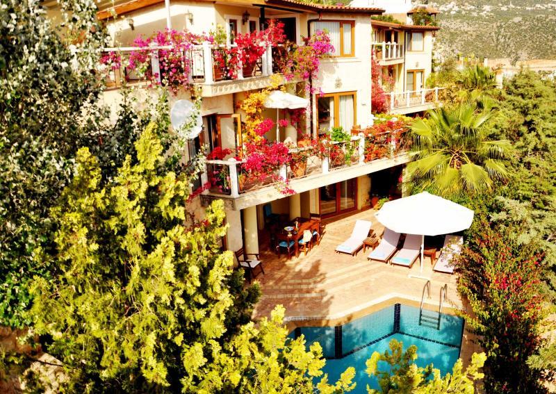 Beautiful three-storey villa and private pool - Award Winning Villa Barinak Has It All - Sleeps 6 - Kalkan - rentals