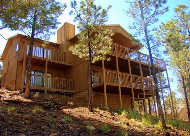 Dodson's Double Decker is a 4 bedroom 3.5 bath home for great family fun. - Image 1 - Ruidoso - rentals