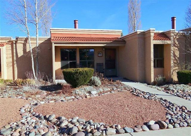 Aspen Run Condo #2B is a great single level condo located on Cree Meadows. - Image 1 - Ruidoso - rentals