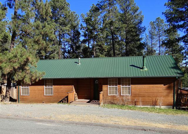 Cowboy Cabin is a diamond in the rough. This is a beautiful single level home - Image 1 - Ruidoso - rentals