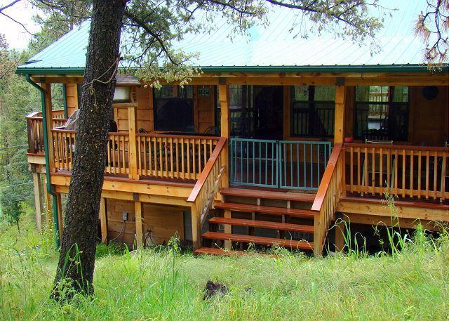 Garey's Deer Haven  is a 3 bedroom 2 bath piece of paradise north of Ruidoso. - Image 1 - Ruidoso - rentals