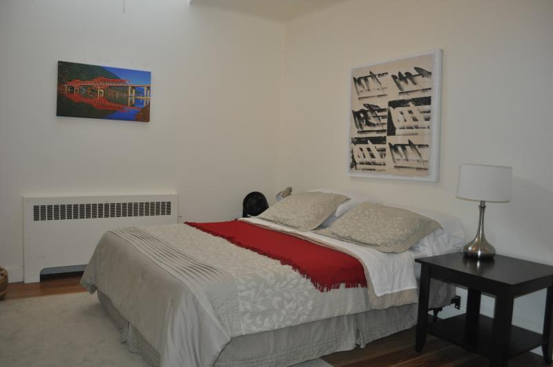 Sleep comfortably in your queen size bed. - The Baker Suite Apartment #1 - Nelson - rentals