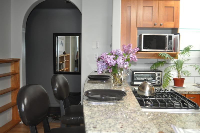 Enjoy an evening in and cook for yourself in the fully furnished kitchen. - The Baker Suite - Nelson - rentals