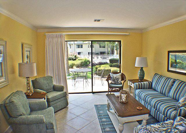 Surf Court 74 -Updated 2015 Forest Beach Townhouse - Image 1 - Hilton Head - rentals