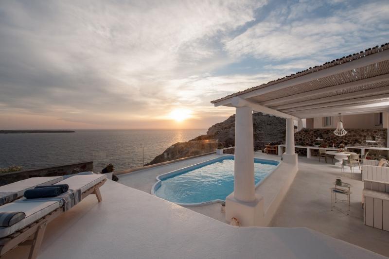 Blue Villas|Anais|New Villa in Santorini - Image 1 - Oia - rentals