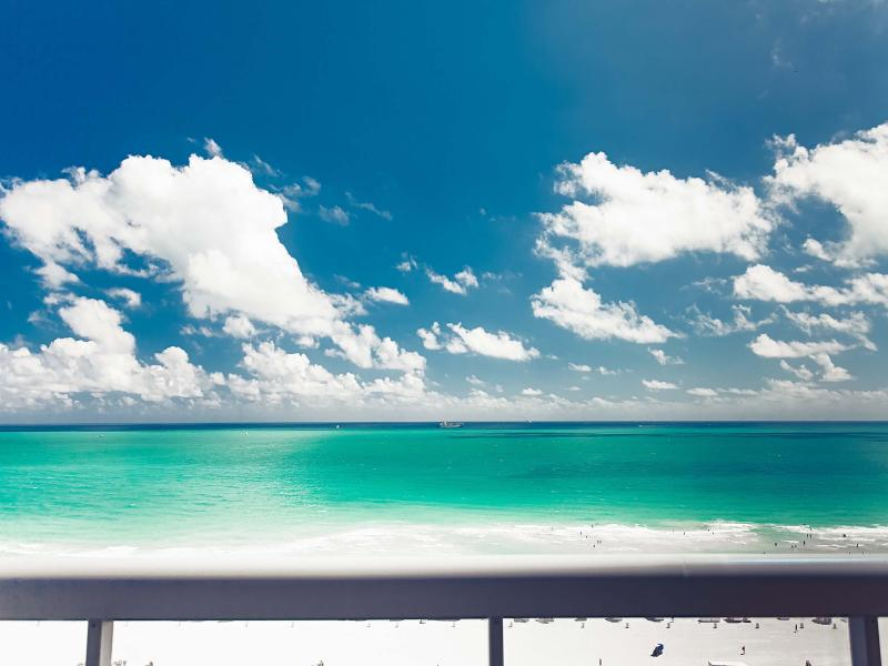 Oceanfront view from the balcony - SETAI TOWER FIVE-STAR OCEANFRONT LUXURY RESIDENCE - Miami Beach - rentals