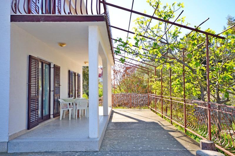 Apartments Zlata - 11481-A1 - Image 1 - Vodice - rentals