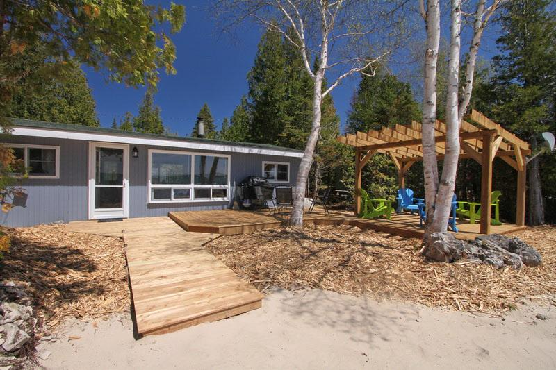 Paradise Bay cottage (#272) - Image 1 - Tobermory - rentals