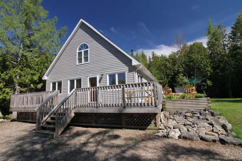 The Grey Chalet cottage (#507) - Image 1 - Tobermory - rentals