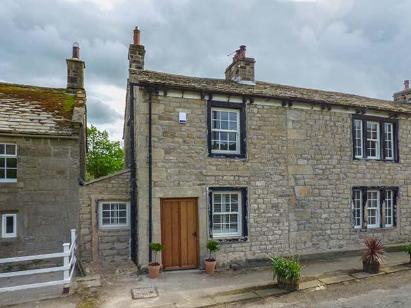 EASTBY COTTAGE, all ground floor, TV in bedroom, WiFi, near Embsay, Ref 925785 - Image 1 - Embsay - rentals