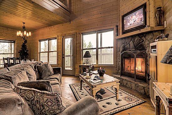R&R Retreat - Spectacular Long Range Mountain Vie - Image 1 - Blue Ridge - rentals