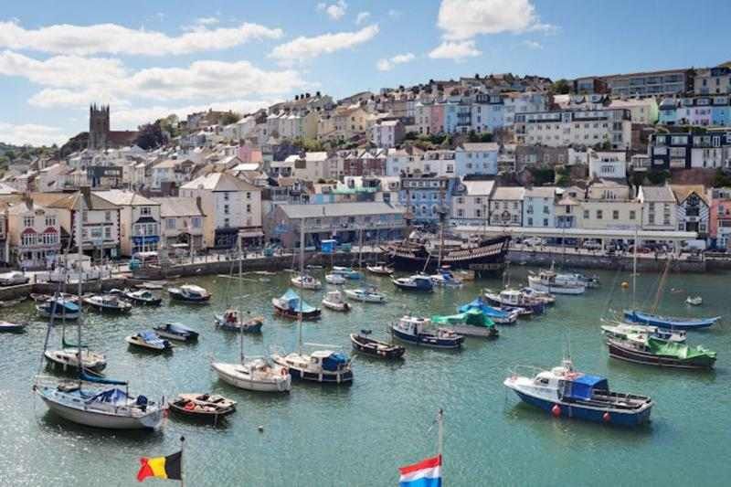 Montpellier Apartments, The Quay located in Brixham, Devon - Image 1 - Brixham - rentals