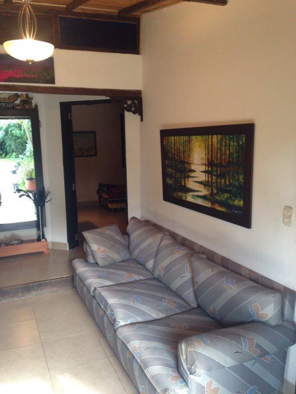 Comfortable & Economical Guatape 3 bedroom - Image 1 - Guatape - rentals
