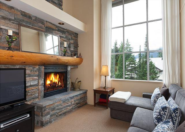 Cozy Living Room with Gas Fireplace and Flat Screen TV - Stoneridge #9  | 3 Bedroom Townhome with Ski-in Access, Private Hot Tub - Whistler - rentals