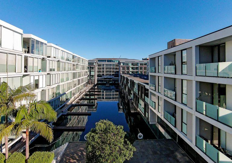 Located in the Pavilion of the quiet Lighter Quay Complex on the edge of the Viaduct Harbour - Viaduct Furnished Serviced Apartment - Auckland - rentals