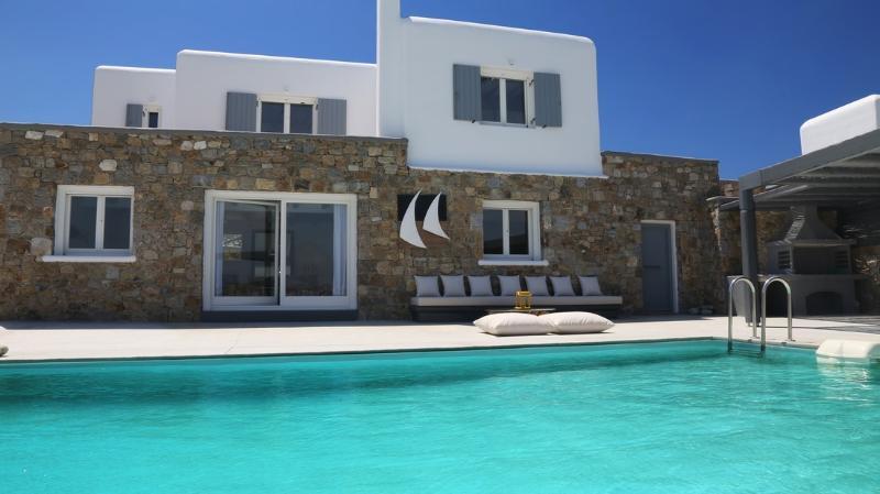 Blue Villas   Eridanus   Designer Furniture - Image 1 - Agios Ioannis - rentals