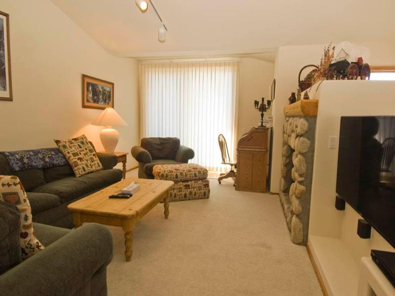Charming Condo in Mammoth Lakes (#936 Links Way) - Image 1 - Mammoth Lakes - rentals