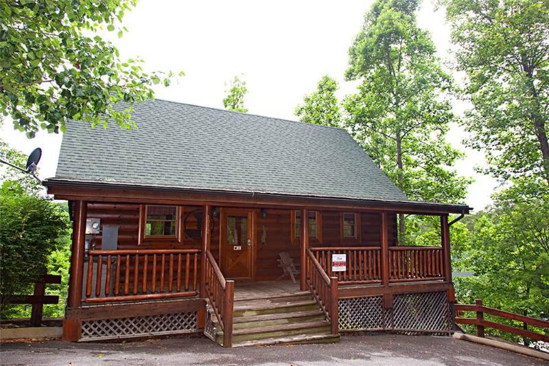 Boulder Bear Lodge - Image 1 - Sevierville - rentals