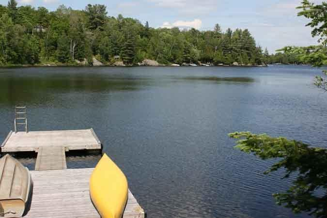 beautiful Whitestone Lake is warm for smimming, great for fishing with 42 km perimiter - AMAZING VIEW WATERFRONT CHALET - PARRY SOUND AREA - Dunchurch - rentals