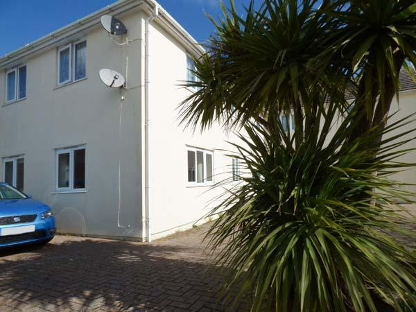 CHY-AN-MOR, ground floor, WiFi, 10-minute walk to Carbis Bay beach, in Carbis Bay, Ref 924537 - Image 1 - Saint Ives - rentals