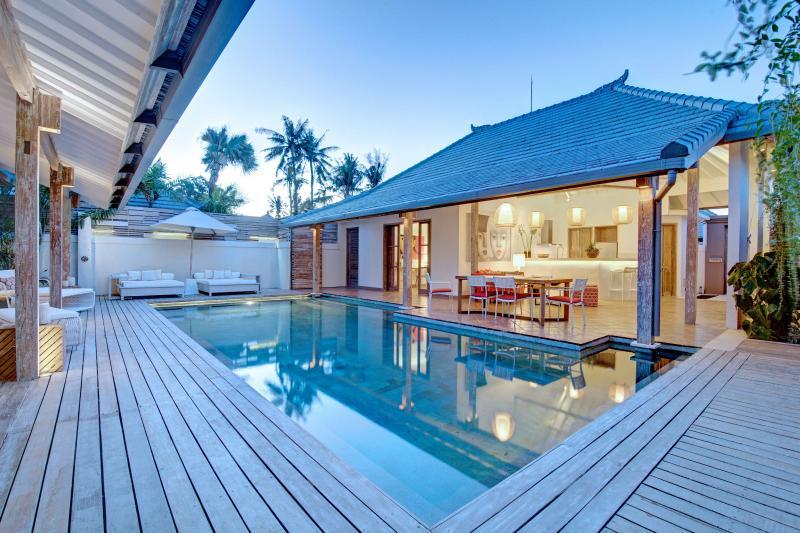 Yang Tao III 3BR Luxury Villa Large Pool-Seminyak - Image 1 - Kerobokan - rentals