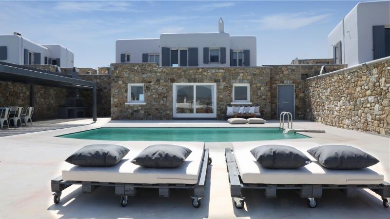 Blue Villas | Aeneas Villa | Luxury Decoration - Image 1 - Mykonos Town - rentals