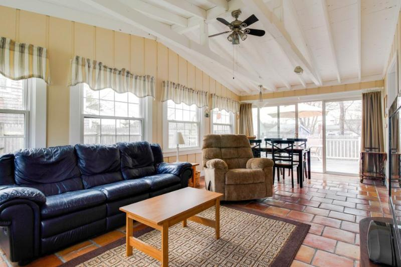 Spacious, newly remodeled, dog-friendly home awaits lucky guests! - Image 1 - Barnstable - rentals