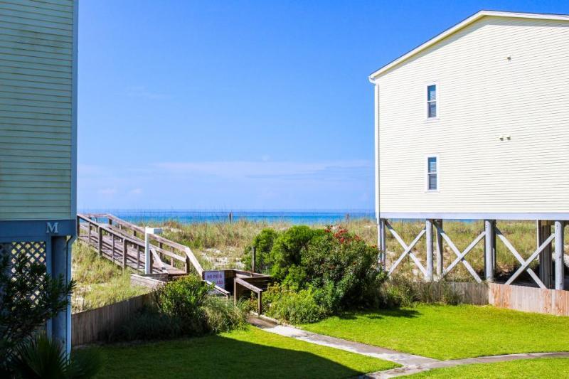 Sunny 2BR resort condo with balcony & Gulf views - Image 1 - Pensacola Beach - rentals
