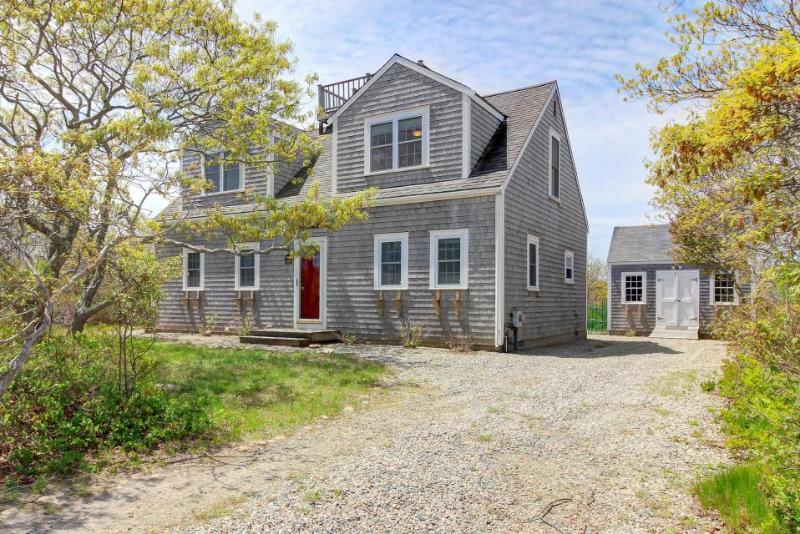 Immaculate, two-story home with nautical design, deck, and outdoor shower! - Image 1 - Nantucket - rentals