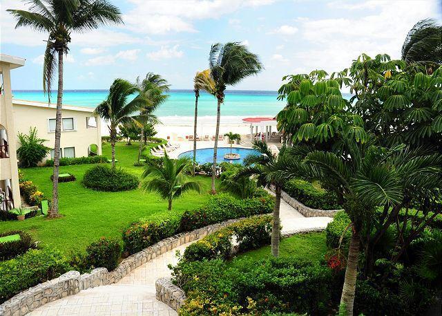 View from the 7116 terrace - Oceanfront with pool 1 bedroom in Xaman Ha (7116) - Playa del Carmen - rentals