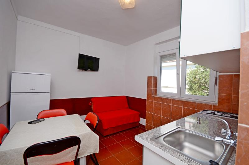 Apartments Joško - 39911-A5 - Image 1 - Gradac - rentals