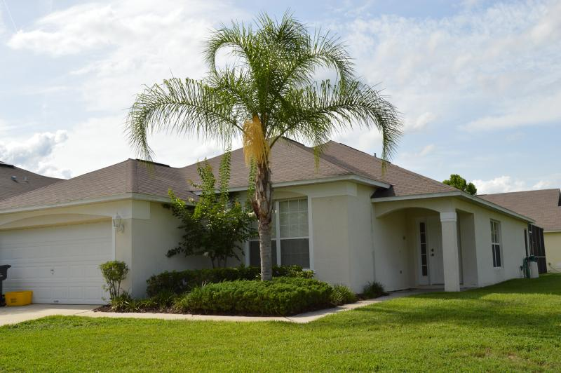 Front view - Westridge The Manors 4 bedroom private pool home. - Davenport - rentals