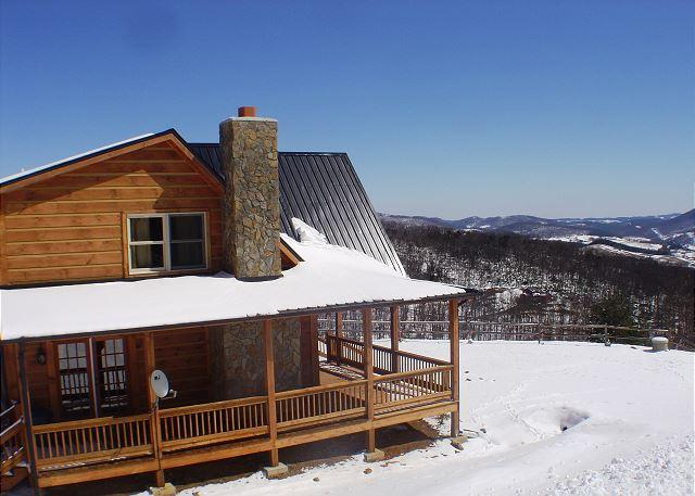 Breathtaking Views, Bubbling Hot Tub, WiFi, Pets Welcomed & Close To Town! - Image 1 - West Jefferson - rentals