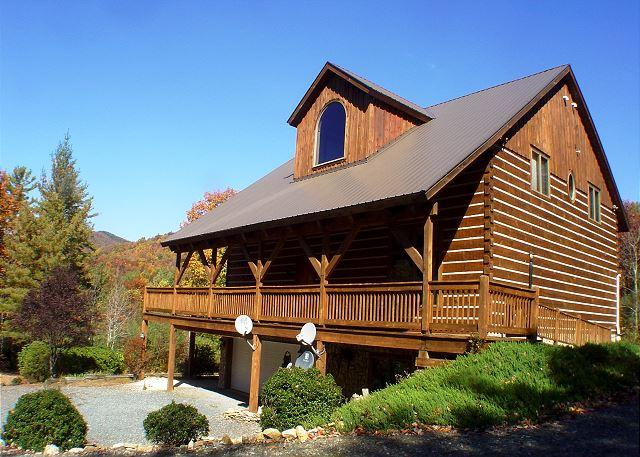 Spacious Log Home Near Parkway with Hot Tub, WiFi. Lower Summer Rates Avail! - Image 1 - Deep Gap - rentals