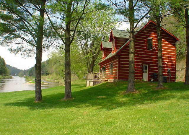 "Just as its name says this cabin is ""By The River"" - ""BY THE RIVER""  Log Home On The New River - LOW MAY RATES! - Jefferson - rentals"