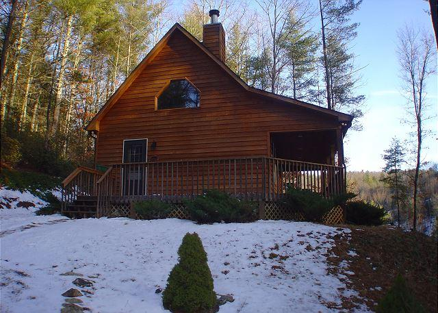 Enjoy Cool Temps At This Charming Log Cabin In The Mountains! - Image 1 - Fleetwood - rentals