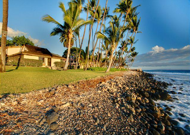 Beautiful OceanFront Townhouse - 20-4 Puamana SUMMER SPECIAL $195.00 MAY THRU SEPTEMBER - Lahaina - rentals